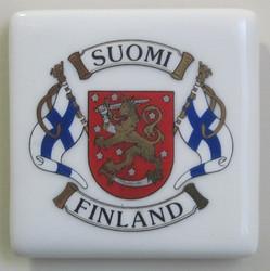 Magneetti Suomi-Finland liput vaakunalla 5x5cm aitokulta