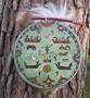 Noitarumpu vihreä AURINKORUMPU kuvitettu 33cm, poronkarvasomistein