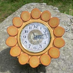 Seinäkello puuta aurinko 32cm lasikansi nro B