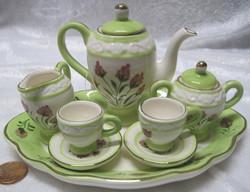 Nukkekotiin: astiasto, vihreä, lautasen halkaisija 16cm