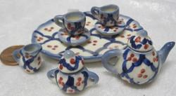 Nukkekotiin: astiasto, sininen, tarjoiluvadin halkaisija 7,5cm