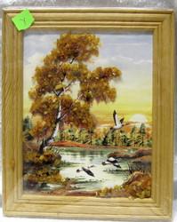 Taulu: Meripihkalla koristeltu kuva y. kehys 18x14cm. Linnut.