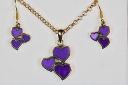 Pronssikorusetti violetti 3 sydäntä riipus ja korvakorut