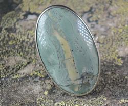 Hopeasormus tinguaiitti 21,2mm, iso ovaali kivi 20x32mm