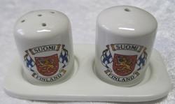 Sirotinpari: Suomen liput vaakunalla, suola- ja pippurisirottimet
