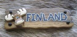 Magneetti: Kyltti Finland, hirvi, 85x30mm, puuta