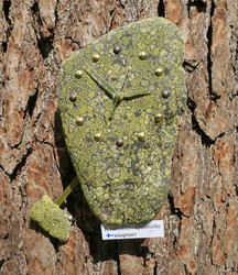 Heilurikello kvartsiitti sammalkivi seinäkello 25cmx19cm 310-B
