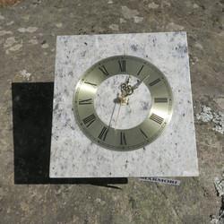 Seinäkello marmori kivikello 19x17,5cm harmaankirjava nro337-8