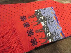 Villahuivi: Poro, joulunpunainen, kaksinkertainen, 170cm+ hapsut