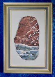 Taulu: Pihlajanmarjat talvella. Kuva tehty kivimurskalla dolomiitille. (xtk)