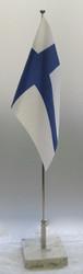 Suomen lippu: pöytälippu marmorijalustalla