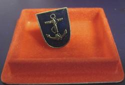 Pinssi Laivasto Suomen armeijan koulutushaara rintamerkki