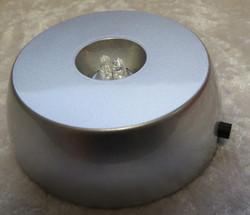 Valoalusta pyöreä, valkoinen valo, 3xAA-paristoilla toimiva