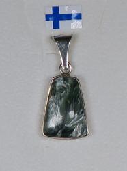 Riipus: Klinokloori (serofinit), 925-hopea-silver. Unikki!