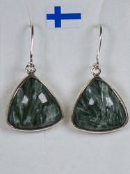 Korvakorut: klinokloorikorvakorut, kolmio,  925-hopea-silver