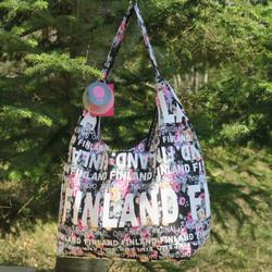 Olkalaukku: city bag, Finland, musta/ruusut (f1b)