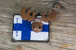 Magneetti: Suomenlippu ja heiluva hirvi vieterissä