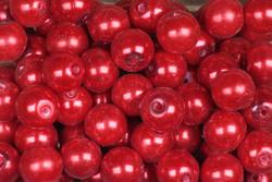 Helmi 7mm synteettinen joulunpunainen Irtohelmi