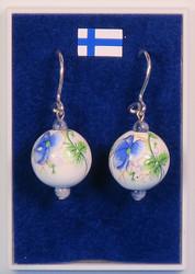 Korvakorut keramiikkahelmi siniset kukat, sodaliitti