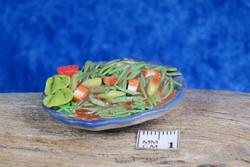 Nukkekodin ruoka: salaattiannos