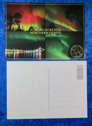 Postikortti: Aurora Borealis. 4-kuvasarja revontulia.
