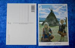 Postikortti Saamelaiset  pikkutytöt kodan edessä