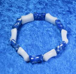 Rannekoru: Lapis latsuli ja lumikvartsirannekoru, sinivalkoinen. Unikki!