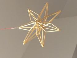 Himmeli: olkihimmeli litteä tähti, pienempi n. 10cm