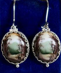 Korvakorut: emalikoru, vihreä maisema, ovaali, hopeoitu, 20mm (CL4)