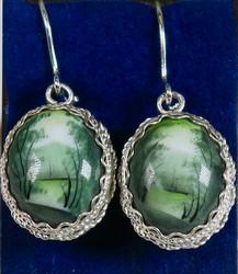 Korvakorut: emalikoru, vihreä maisema, kaksipuoleinen, ovaali, hopeoitu, 20mm (CL2)