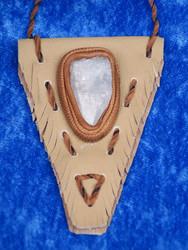 Selestiittiriipus  enkelikivi intiaanityylinen nahkasomistein, Uniikki