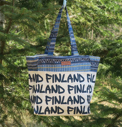 Kassi: canva bag s-koko, Finland, luonnonvaalea, värikäs somiste (f3b)