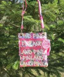 Passipussi, passport bag Finland: pinkki/ruusut (f7m)