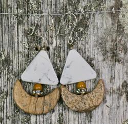 Korvakorut purjevene maisemajaspis, mookaiittijaspis, howliitti