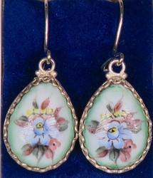 Korvakorut: emalikoru, kukat, vihertävä pisara, hopeoitu, 20mm (CL8)