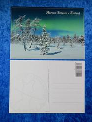 Postikortti revontulet kuutamolla talvimaisema Aurora Borealis Finland