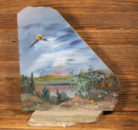 Pöytäkello lapin maisema kivikellon maalannut Martti Kumpulainen nro1
