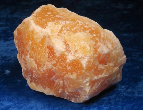 Kalsiitti keltainen raakapala 1067g Orangecalcite Meksiko