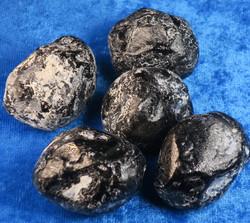 Apassinkyynel obsidiaani XL-koko keskim 30g