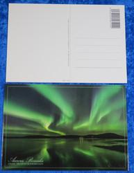 Postikortti revontulet järven yllä, Aurora Borealis, Northern Lights