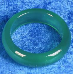 Akaattisormus 17,5mm vihreä kivisormus, leveys 6mm