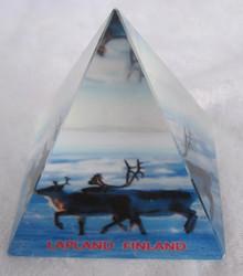 Lasipyramidi kaksi poroa 47x47mm
