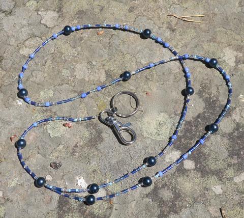 Avainnauha kaulaan sininen 80cm+15cm, avainrengas ja karbiinihaka