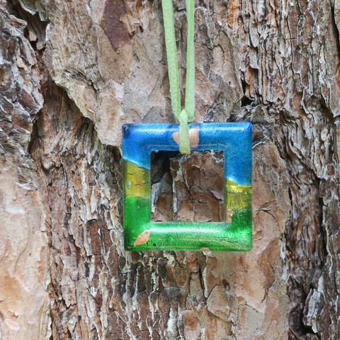 Riipus lasineliö sininen vihreä kullanvärinen 4x4cm