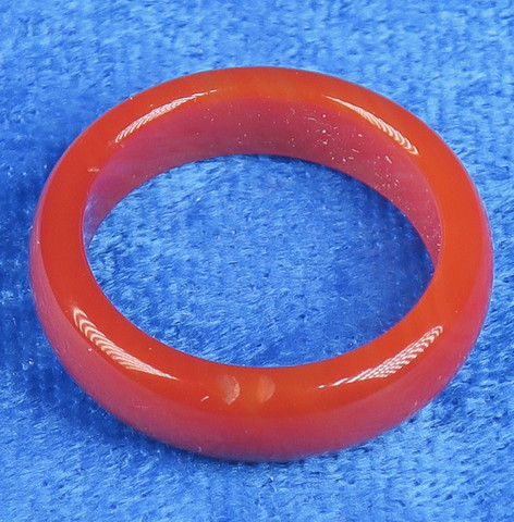 Akaattisormus 19mm oranssi karneoli kivisormus, leveys 6mm