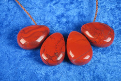Riipus Jaspis punainen, porattu