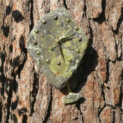 Heilurikello kvartsiitti sammalkivi seinäkello 21x16 310-Xy