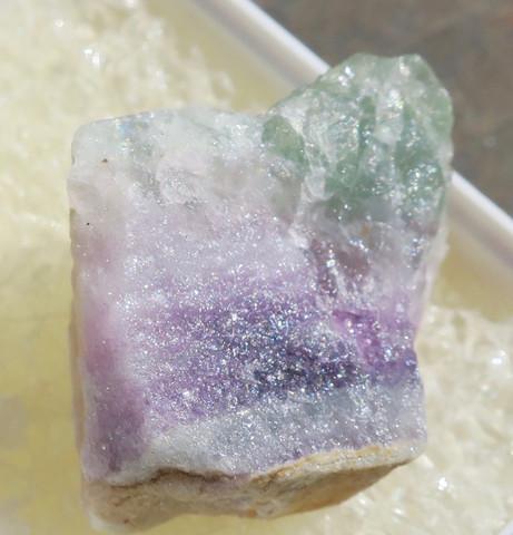 Fluoriitti raaka violetti, vihreä 21mm nro 8R15