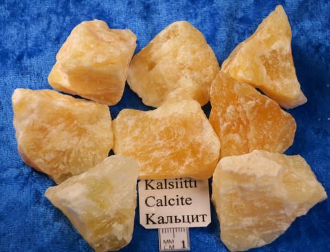 Kalsiitti keltainen, raakapala, keskim 50-90g orange calcite