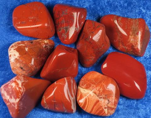 Jaspis punainen rumpuhiottu 15-20g